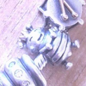 Queen bee authentic pandora charm 14k crown